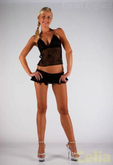 Romanian, 38 years old Celia escort girl in England - Image 2