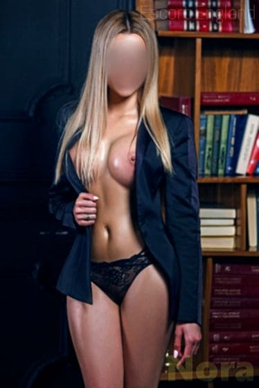 British, 22 years old Nora escort girl in England - Image 3